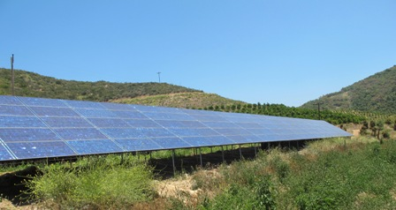 Long Solar Array to irrigate fields in a dry climate